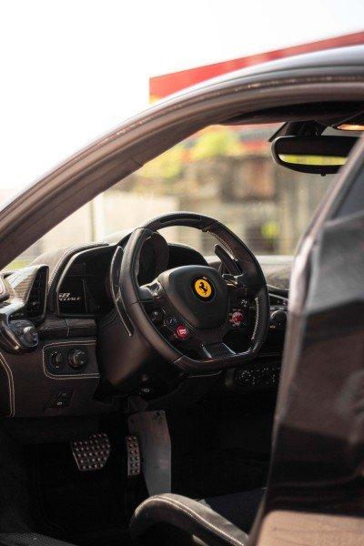 Epona - 2016 Ferrari 458 Speciale - Steering wheel